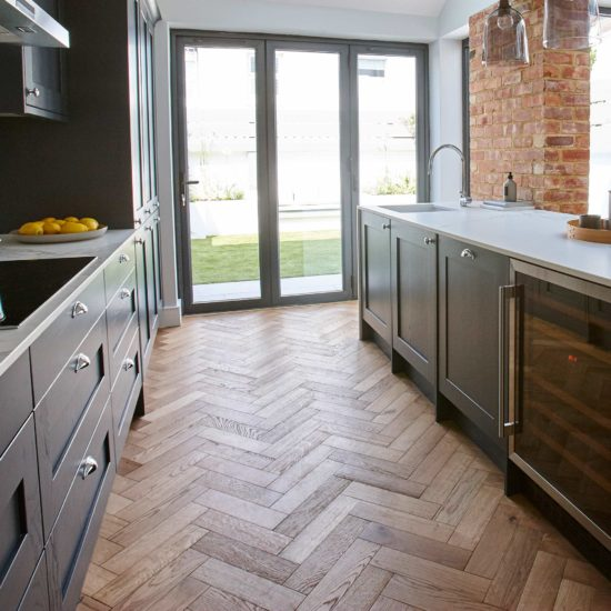 ZB109 Brushed & Lacquered Oak - 90x360mm 4