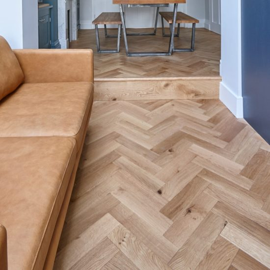 ZB109 Brushed & Lacquered Oak - 90x360mm 2
