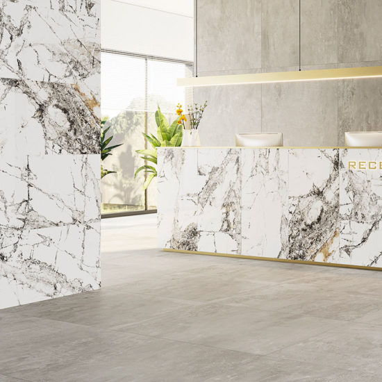 İnvisible Marble Hotel Reception